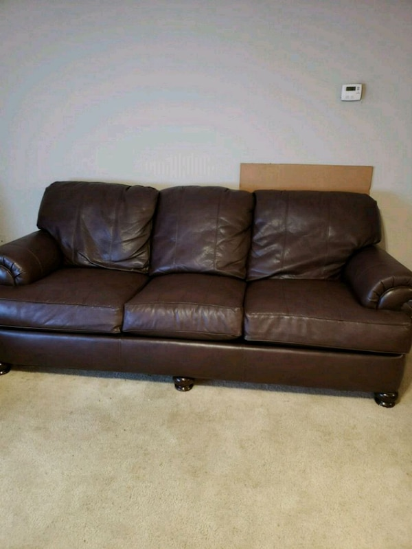 brown leather 3-seat sofa