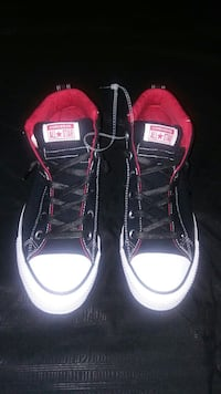 Black & Red Converse- Mens size 10 Houston, 77065