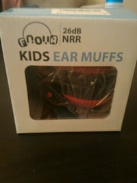 Kid's ear muffs (pink colour) Hamilton, L8S 3X3