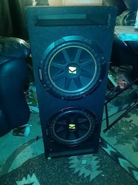 black Kicker subwoofer with enclosure White City, 97503