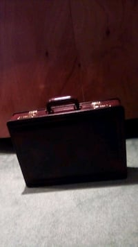 Brief case (new - never used) Toronto, M3H 5N3