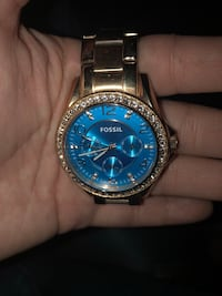 round silver-colored chronograph watch with link bracelet Oshawa, L1G 4X1