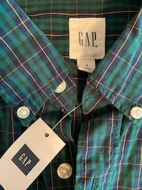 GAP Brand New Longsleeved Button Up Virginia Beach, 23456