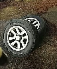 2 -225-60-14. tires &toyota wh's.       0.  2 on e Portland, 97202