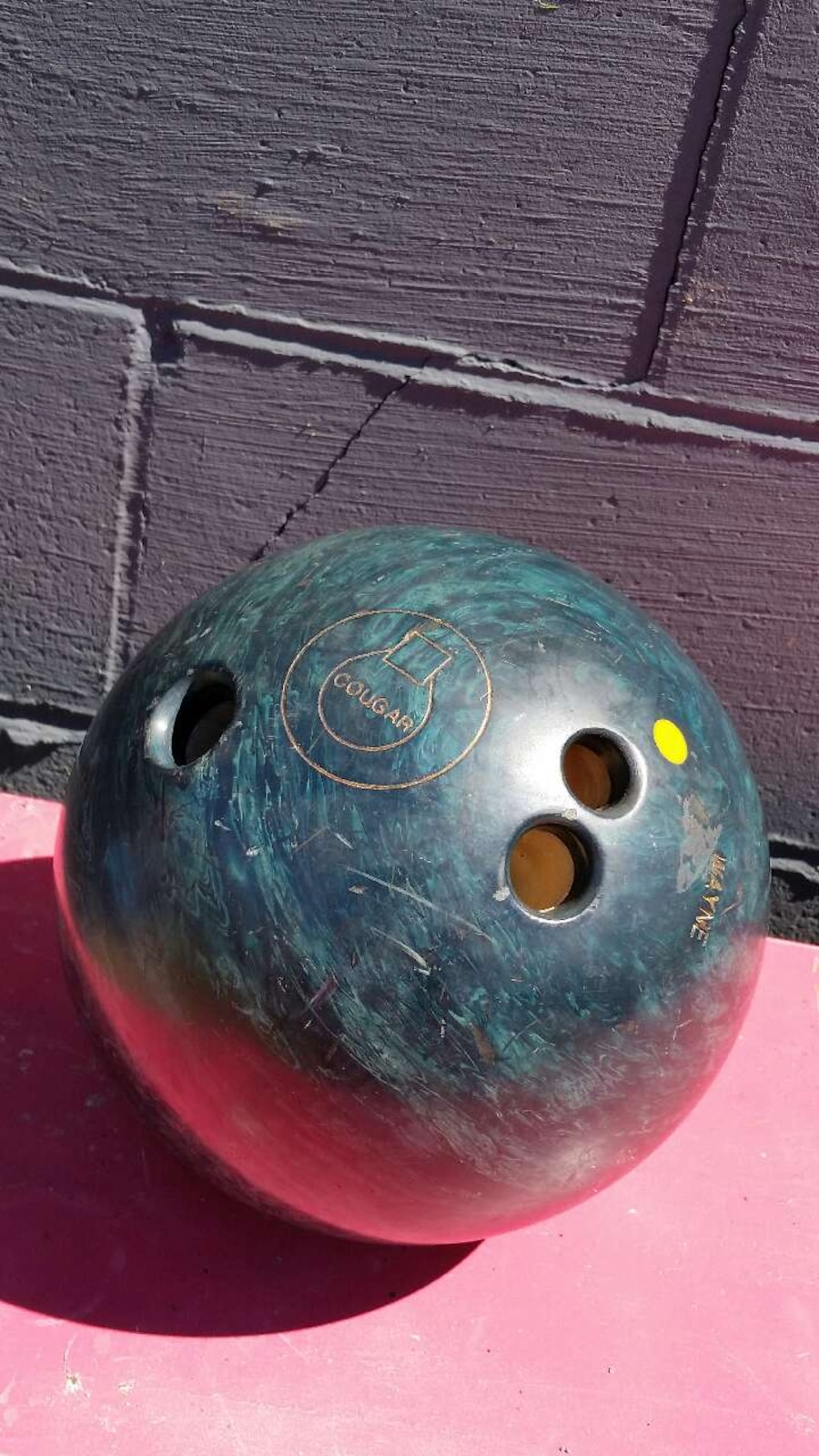 Green Marble Ball : Used green marble bowling ball in cleveland
