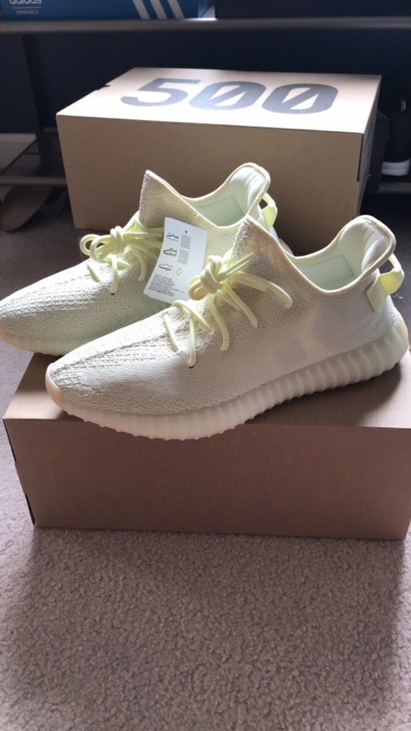 3744423be Used Yeezy 350 V2 Butter Size 11.5 for sale in Saint Charles - letgo