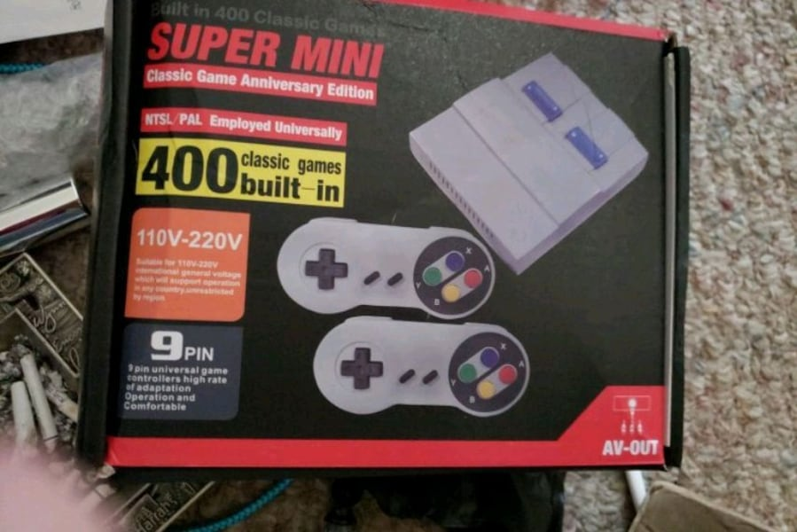 Brand new mini Super nintendo with 400 built games 757c0e90-804c-4294-a7b5-116cadf50eb7