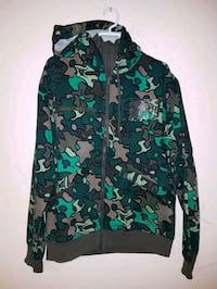 green and black camouflage zip-up hoodie Ottawa, K1Y 3H7
