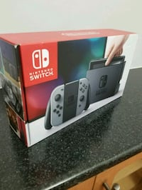 NINTENDO SWITCH NEW IN BOX Vancouver, V6H 3N3