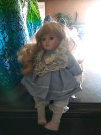pocelain doll that moves and has music box Cathedral City, 92234