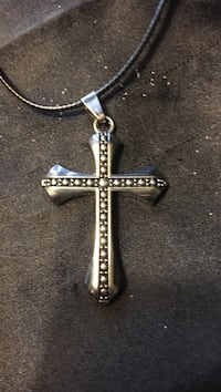 Men's boys stainless steel cross with leather chain 172 mi