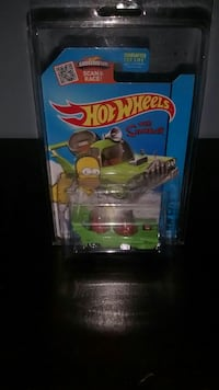 green Hot Wheels The Simpsons car scale model pack