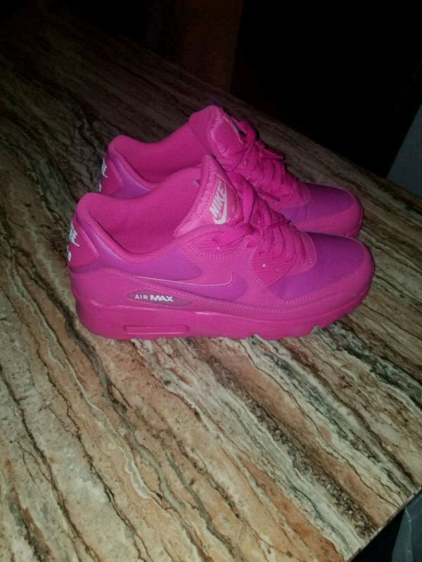 Used 7y Nike Air Max 95 Pink And Purple For Sale In Buffalo Letgo