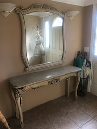 White wooden console table and rectangle mirror Los Angeles, 90028