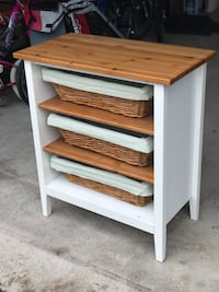 Diaper table wood Oakville, L6M 1Y2