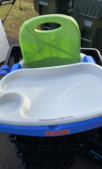 Portable High chair Middletown, 10940