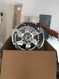 Brand new 20inch rims for a truck 20x12 Irving