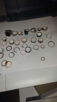 assorted costume gold and silver diamond rings Saint Johnsbury, 05819