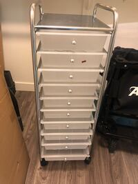 White/clear plastic drawers 10 Scottsdale, 85251