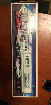 Hess truck complete in box Worcester, 01606