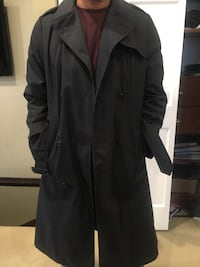 Men's black trench coat w/ zip out lining  Chicago, 60614