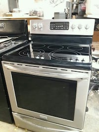 Frigidaire Stainless steel Electric Stove  Tulsa