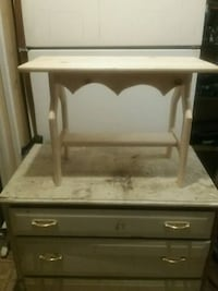 Handcrafted pine benches Pinson