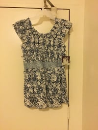 Beautiful Gloria Vanderbilt  top never worn size Large tags still attached retail value 29.97 firm no holds London, N6J 2V9