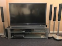 Sony Tv LCD HDTV comes with  sound system and credenza Montréal, H4A 2G9