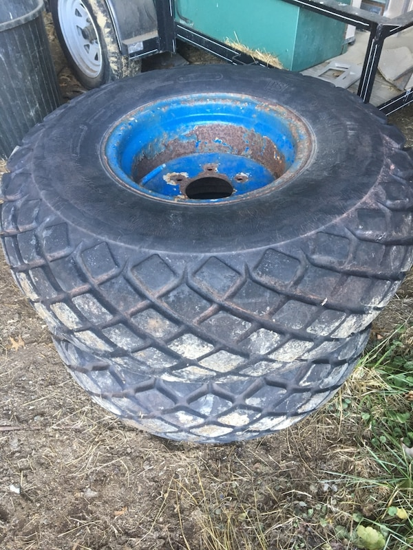 Used Tractor Tires For Sale >> Used 13 6 16 Tractor Turf Tires For Sale In Whiteford Letgo