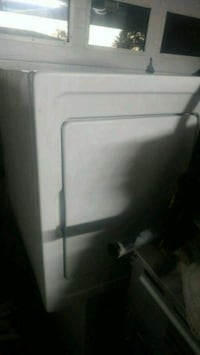 white front-load clothes dryer Mississauga, L4T 1X4