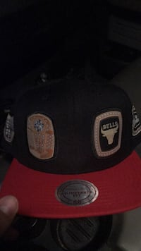 Mitchell and Ness chicago bulls hat Fall River, 02721