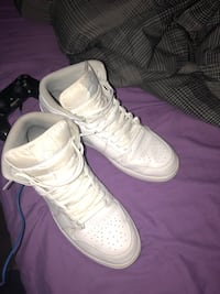 Pair of white nike air force 1  Maryville, 37804