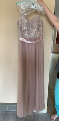 Beautiful bridesmaid dress or graduation dress Edmonton, T5Z 2N2