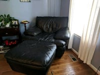 black leather chair & ottoman OBO Centreville, 20120