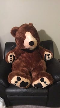 giant bear from hershey Crofton, 21114