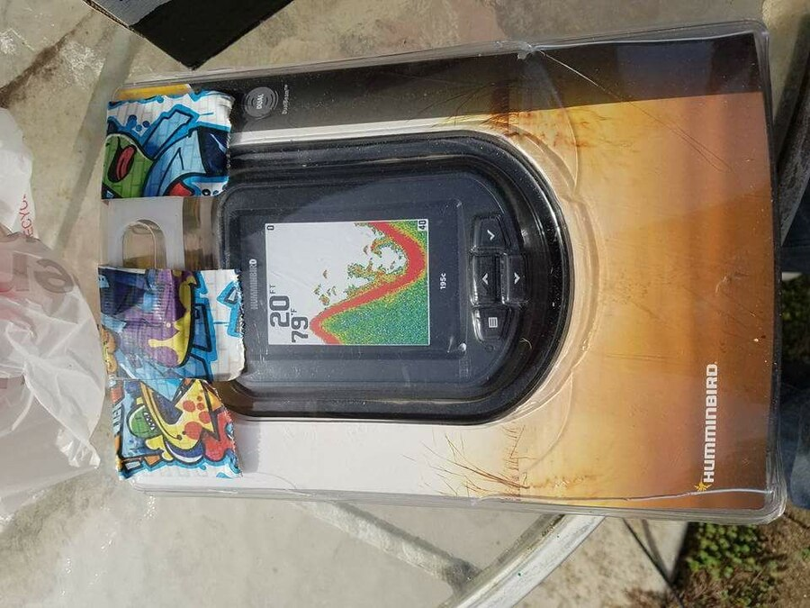 Used hummingbird fish finder in palmdale for Used fish finders