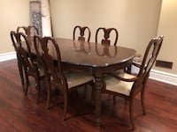 Dinning table and 6 chairs Richmond Hill, L4E 2W5