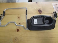bob double duallie chicco carseat adapter and snack tray