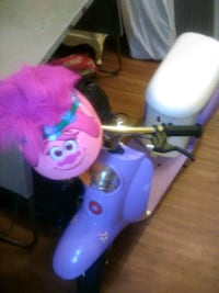 brand new pink scooter with helmet included