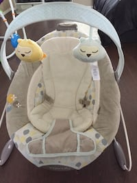 baby's gray and white bouncer New Westminster