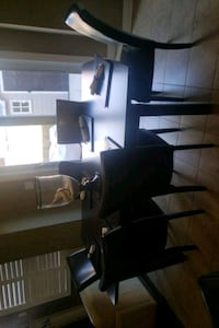 Kitchen table with 6 chairs  Brampton, L7A