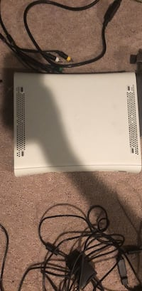 Xbox 360 with Kinect (negotiatable) West Chester, 19382