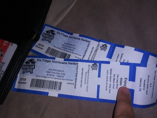 2 six flags hurricanr harbor tickets brand New