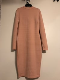 Brown crew-neck long-sleeved maxi dress Bowie
