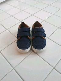 Size 7 navy shoes District Heights, 20747
