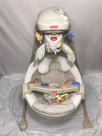"""Fisher-Price """"Nature's Touch"""" Cradle Swing New Market, 37820"""