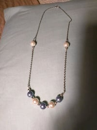 Pearl necklace and earring sets Chattanooga, 37421