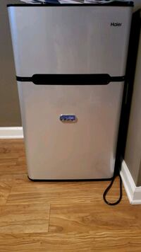 Haier mini fridge  Denver, 80220