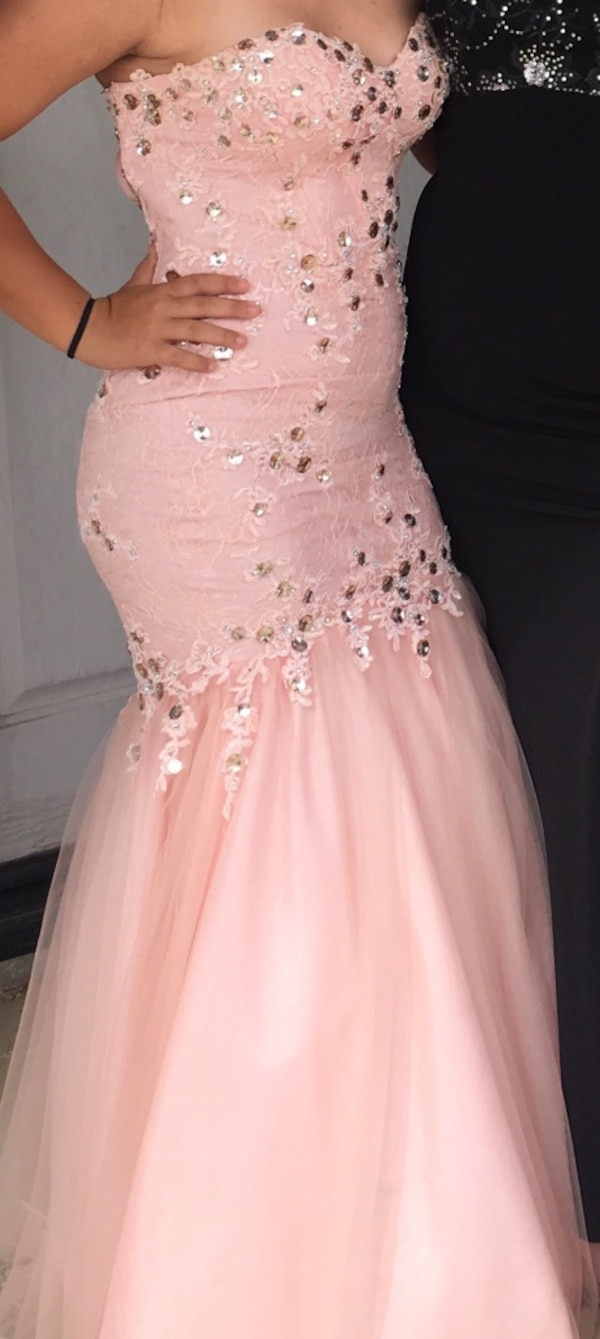 489b36e60c0 Used Prom Dress for sale in Wildomar - letgo
